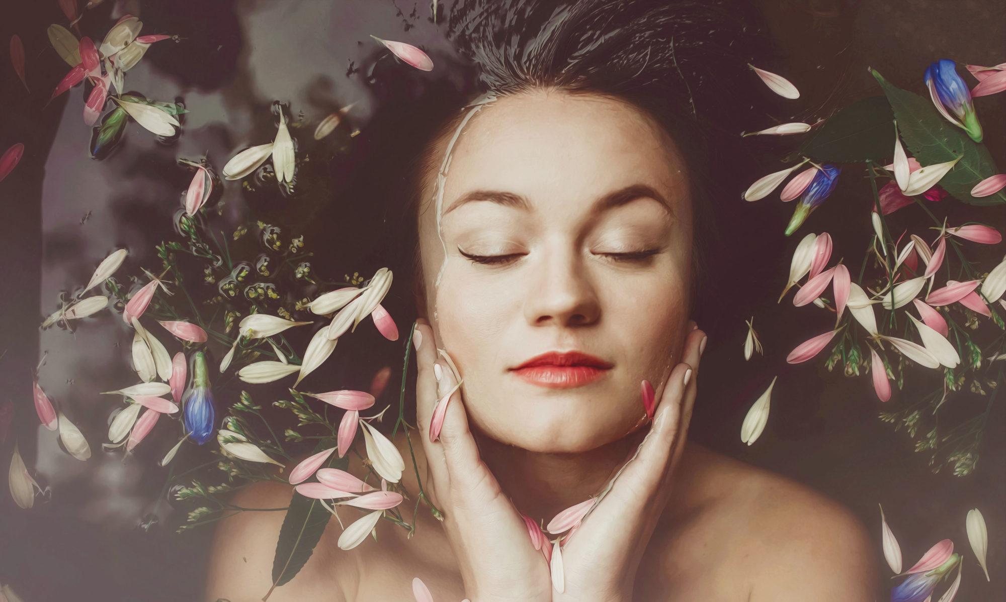 Marta Klouckova Music